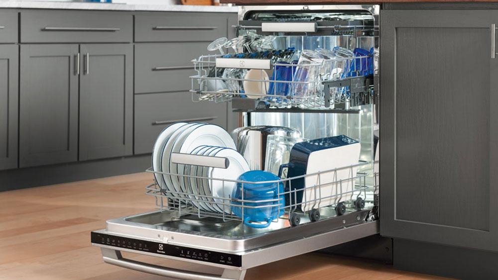ظرفهایی که نباید با ماشین ظرفشویی شسته شود!!